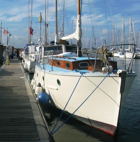 Phyllis Mabel foreward starboard quarter