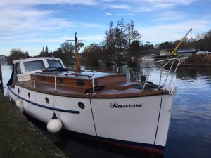 Ranoni resplendent with her recently varnished cabin sides and hull painted in summer 2017